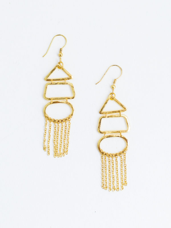 Gold highgarden earrings in gold with fringes